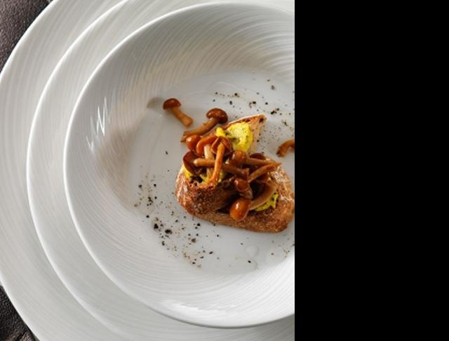 Spyro catering plates