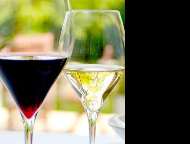 adina prestige catering wine glasses