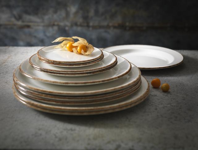 brown-dapple-catering-crockery