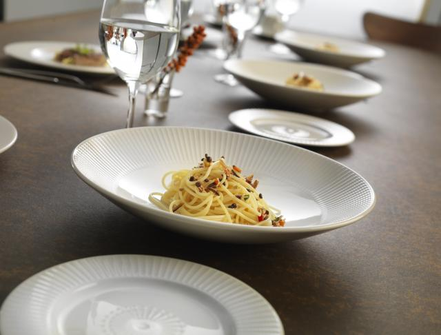dist-catering-tableware-willow & Catering Tableware