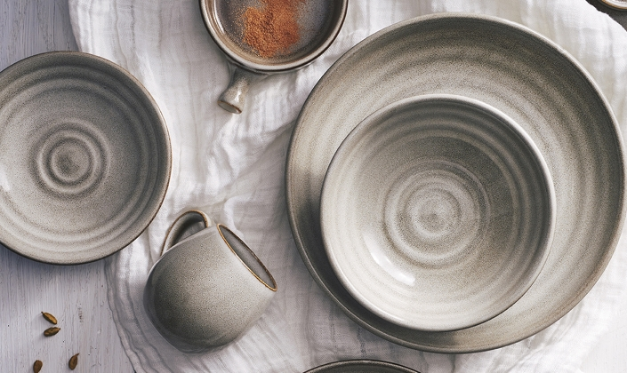 No two pieces of this Australian-designed porcelain will look exactly alike and the color intensity will vary from piece to piece creating a hand-crafted ... & Potteru0027s Collection - Robert Gordon - Porcelain - Tableware